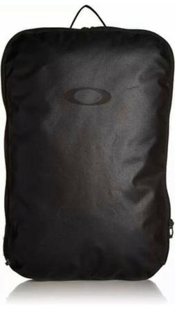 Oakley Two Faced Laptop Pack Backpack!! NWT $95
